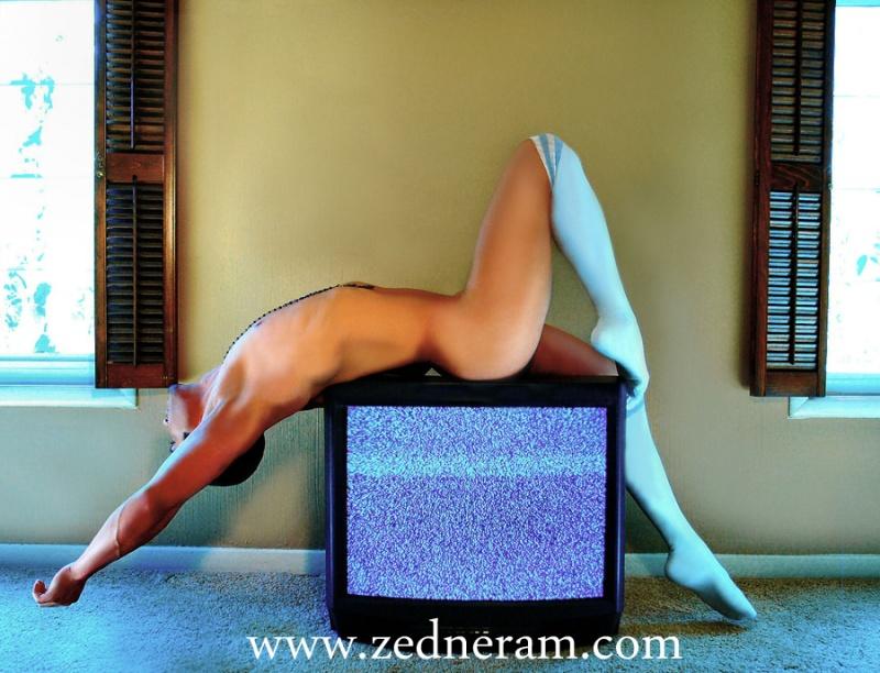 Male model photo shoot of Gio De Marco by Zedneram