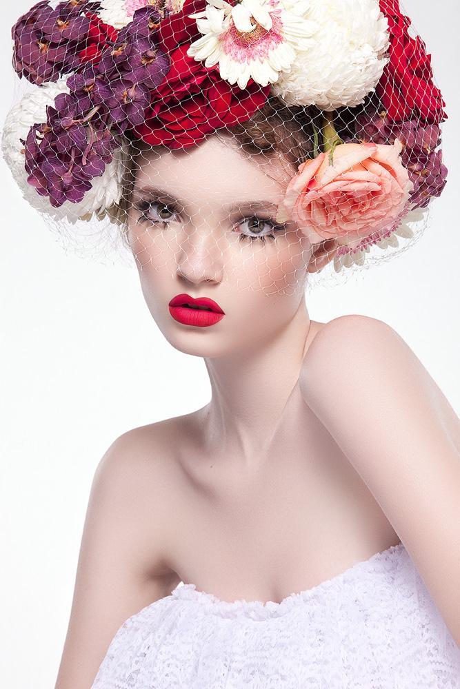 Female model photo shoot of Olga Gogoleva by Aysha Remeithi