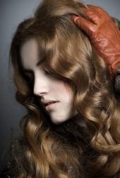 http://photos.modelmayhem.com/photos/110205/10/4d4d9ab337241_m.jpg