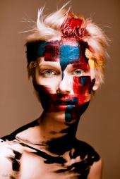 http://photos.modelmayhem.com/photos/110206/14/4d4f1f305c878_m.jpg