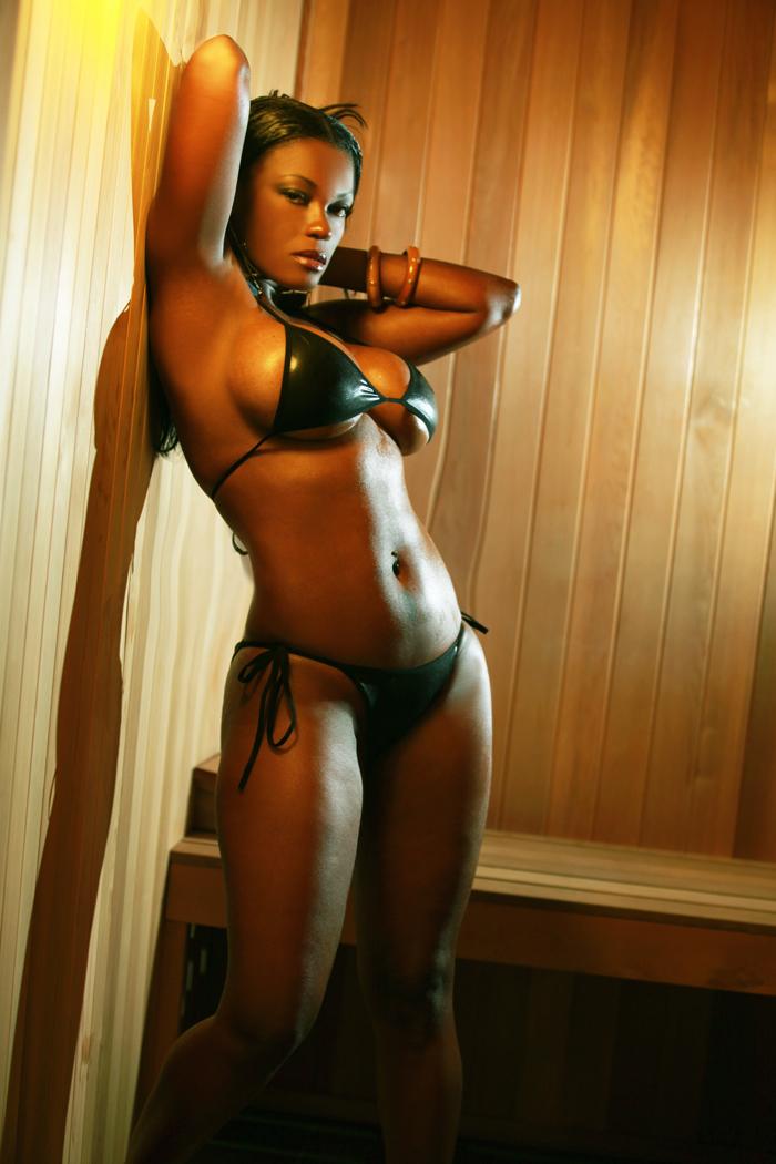 Female model photo shoot of Lovefibi in Miami Beach, Florida