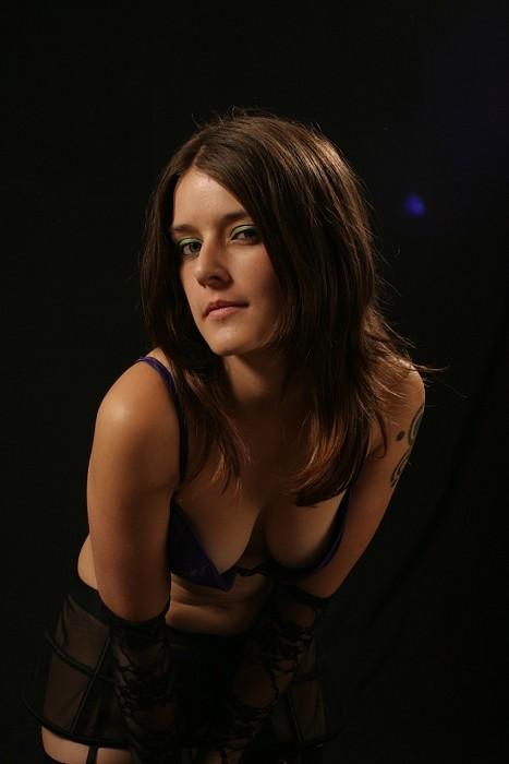 Female model photo shoot of Harleen Hush