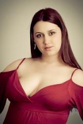 http://photos.modelmayhem.com/photos/110208/18/4d51f6f4b0262_m.jpg