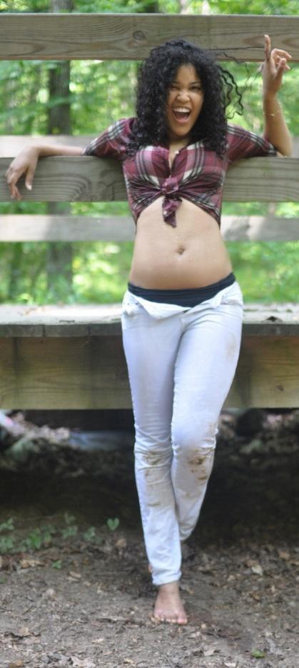 Female model photo shoot of VIDA LARIZA in Maryland