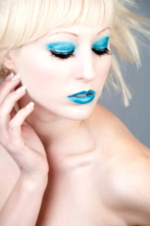 Female model photo shoot of DreamingPP by Kelly Sedivec-Ealy