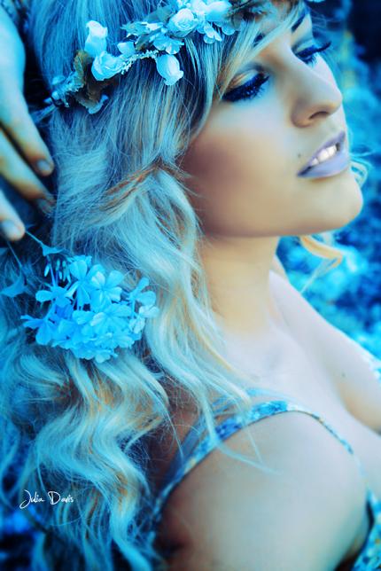 Female model photo shoot of Juliarts Goldcoast