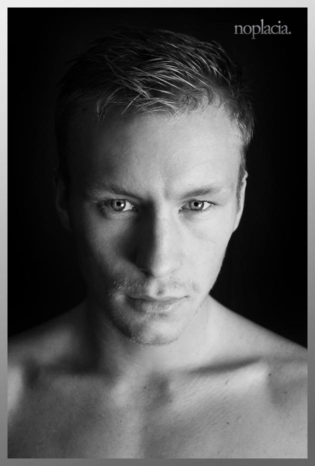 Male model photo shoot of Seth King
