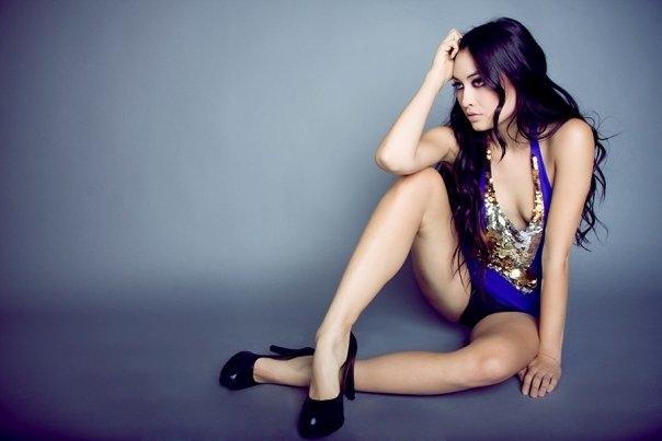Female model photo shoot of Gabrielle Geiselman
