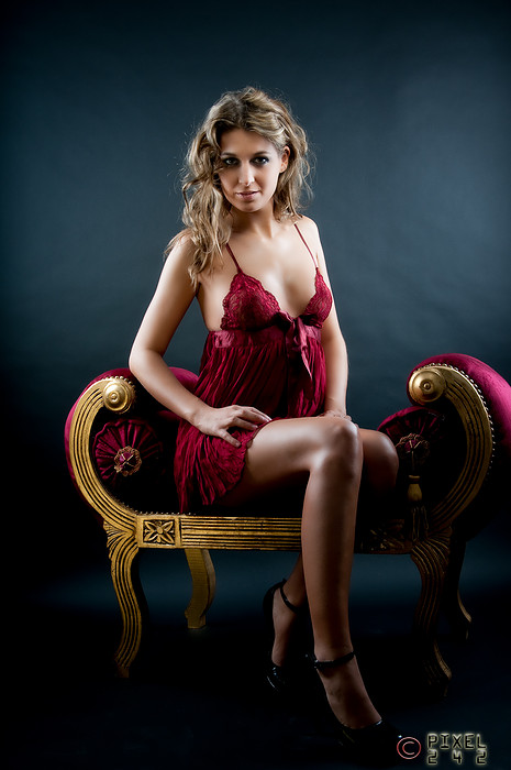 Female model photo shoot of Lieneke