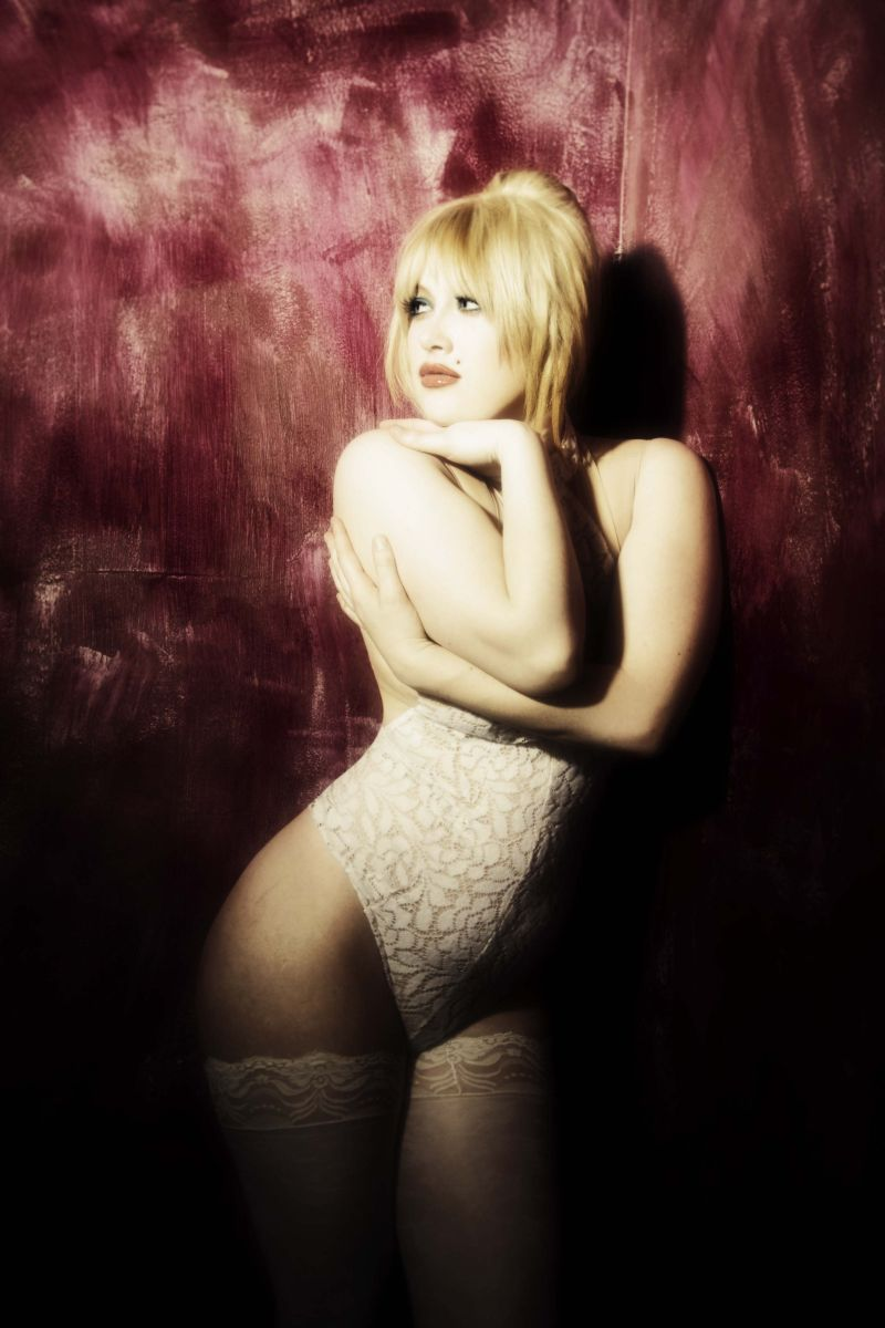 Feb 20, 2011 A shoot i did with Bill Zuback-inspired by sexy cartoons-i chose to portray Miss Holli Would from Cool World.