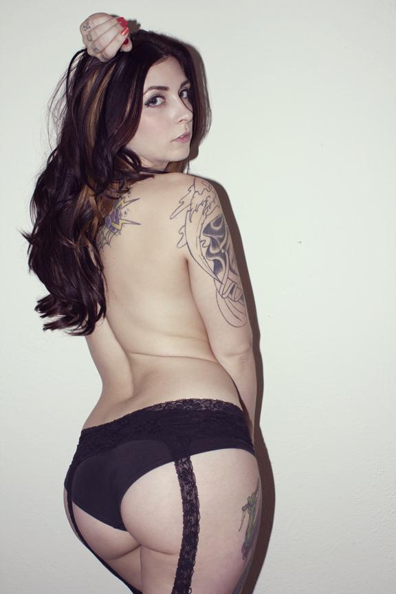 Female model photo shoot of Catrina Dacosta by Bursting at the Seams