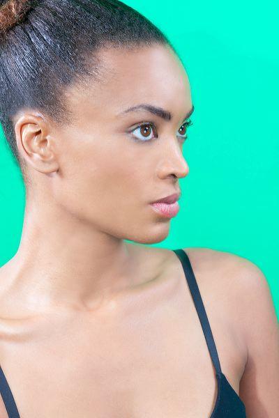 Female model photo shoot of Marie Ford
