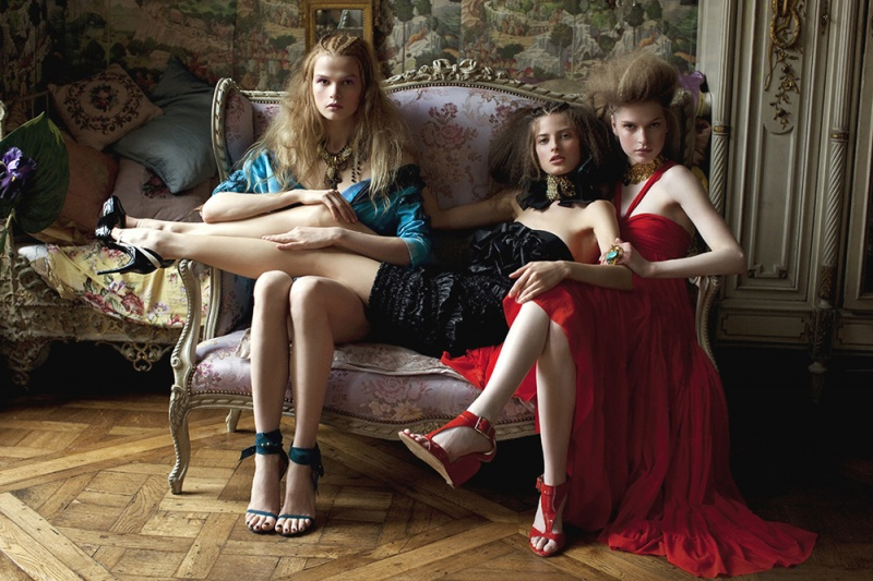 paris Feb 22, 2011 iris brosch editorial