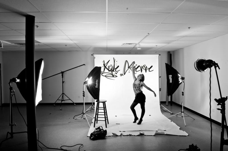 Feb 24, 2011 ©KyleGnerre2011 the studio, looks like I need some new seamless!!