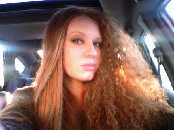 Female model photo shoot of Alison Wisniewski
