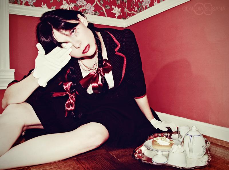 Female model photo shoot of Eleanor Black by Claudia Susana