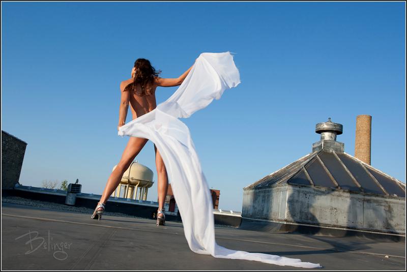 http://photos.modelmayhem.com/photos/110305/13/4d72b1d3c8f93.jpg