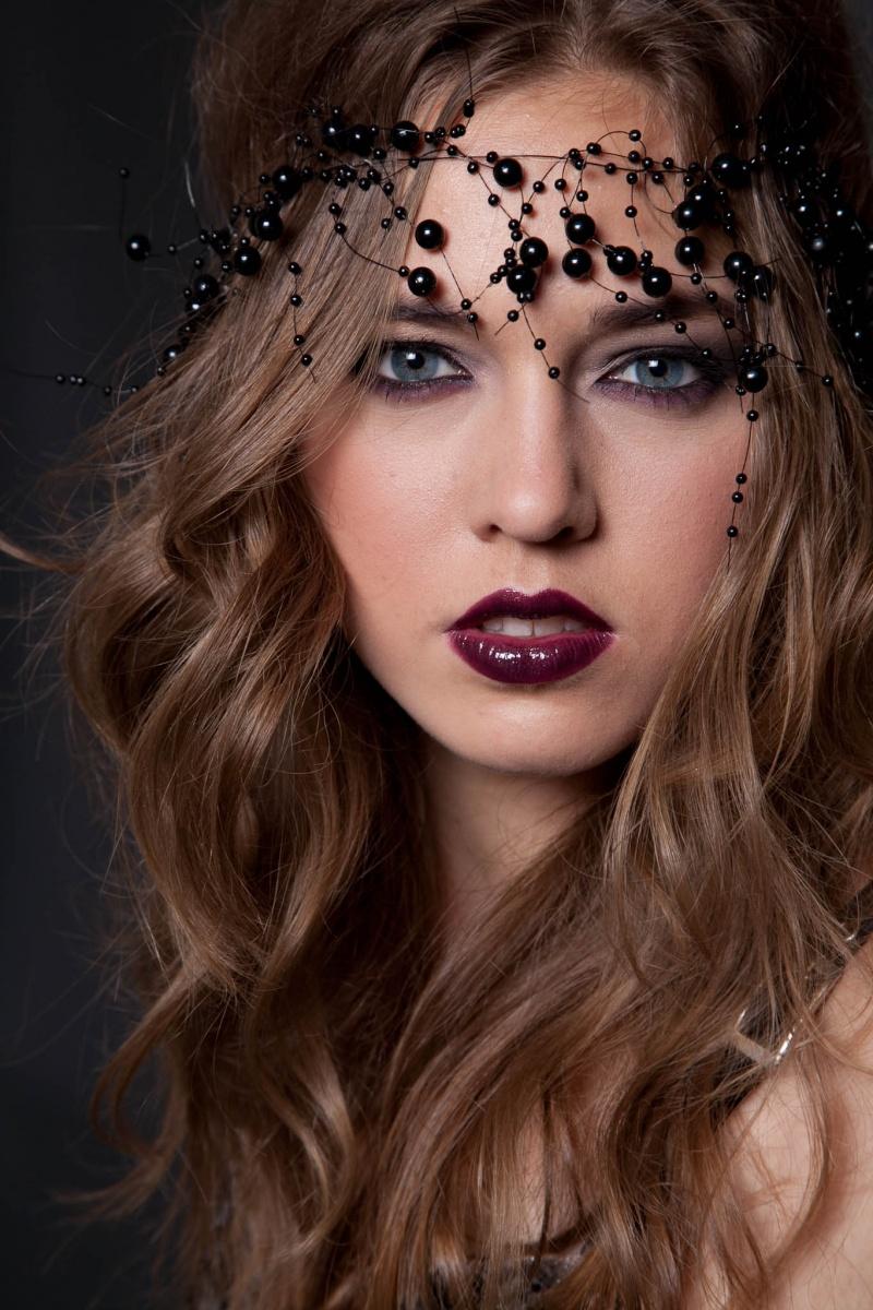 Mar 08, 2011 JR Adrianna Eder (Click Models)