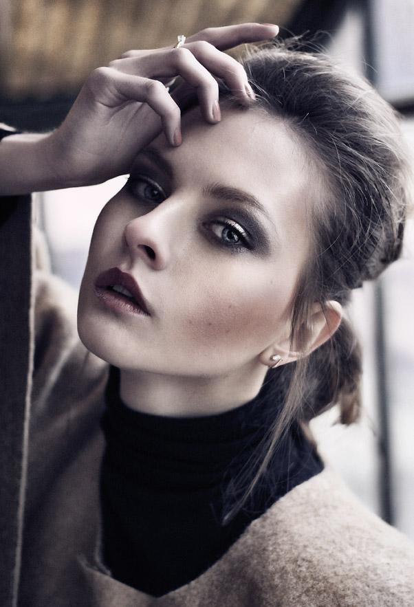 Female model photo shoot of Anna Grytsan
