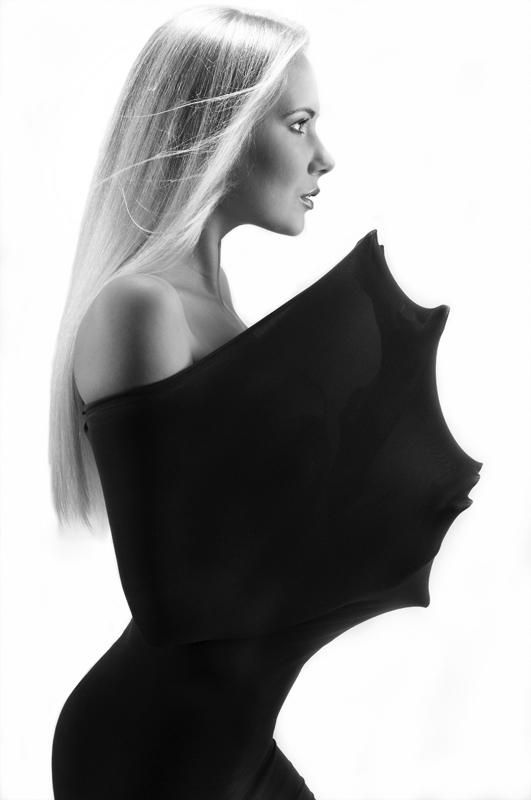 Female model photo shoot of AnnaIC