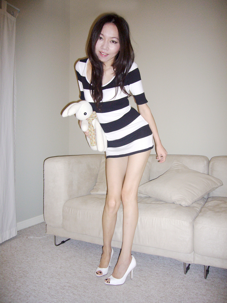 Female model photo shoot of FangWEN