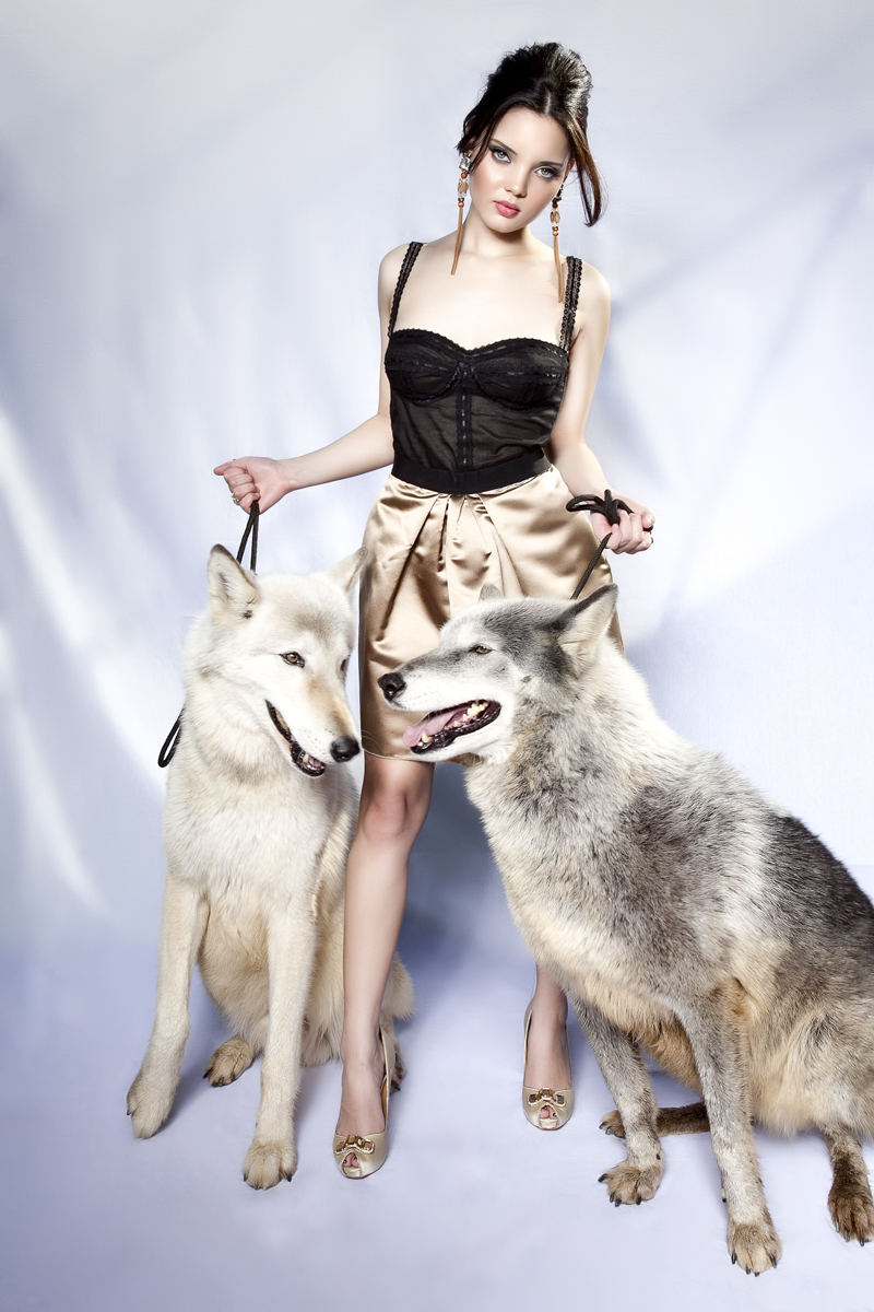 Mexico Mar 19, 2011 Two wolves and a model (Editorial Feb 2011 Stylo Mag)