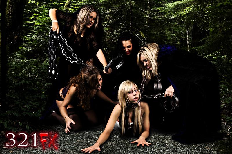 Mar 20, 2011 Vampfangs / 321FX Capturing Dinner - Pit Girls