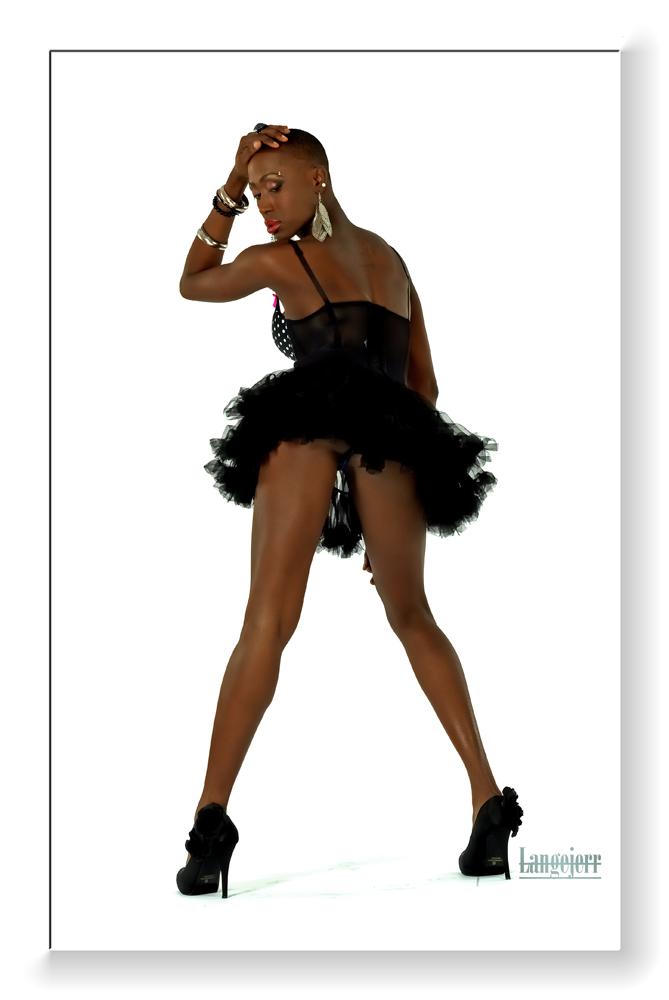 studio Polichinelle Montreal Mar 21, 2011 Langejerr Black Barbie