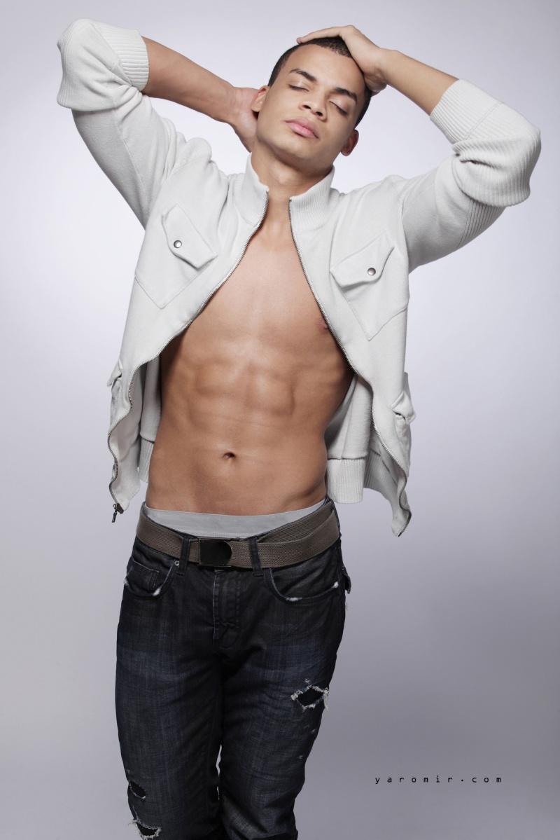 Male model photo shoot of Anthony DThompson