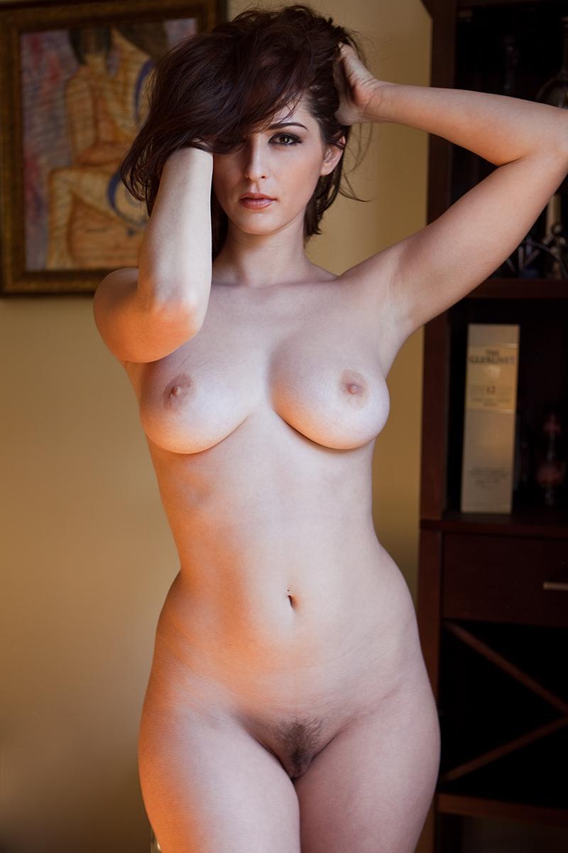 Порно с девушками с фигурой как груша