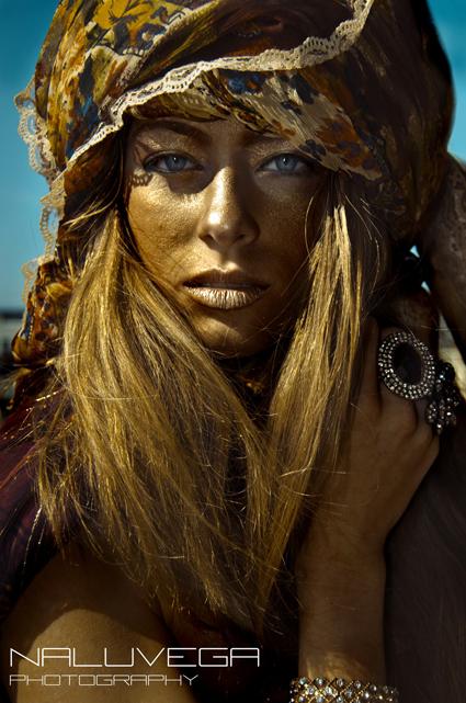 Apr 03, 2011 Model: Demi, MUA/Style/Photographer: Naluvega