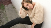 http://photos.modelmayhem.com/photos/110404/23/4d9ab01b2204d_m.jpg