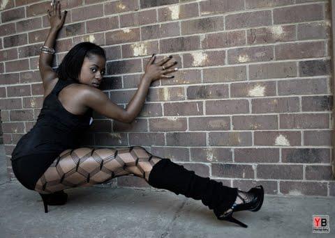 Female model photo shoot of Jazzy Emani