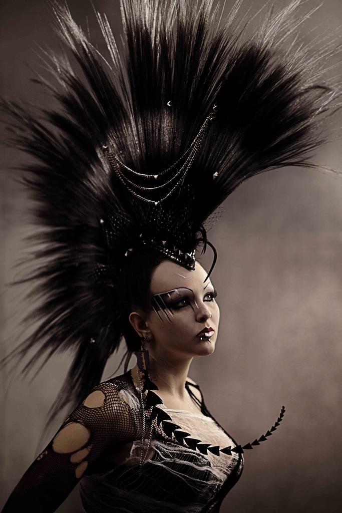 Los Angeles Apr 07, 2011 Melody K Hawk Headpiece
