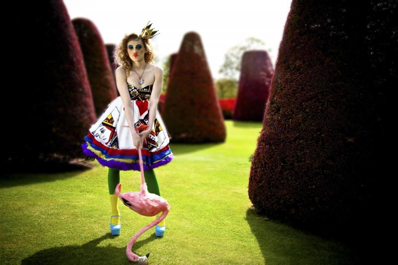 Apr 10, 2011 Adam Moffatt, Victoria Bramwell The Queen of Hearts