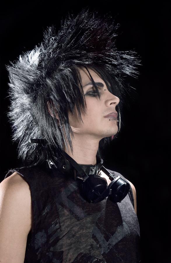 Male model photo shoot of Quetzal Romero