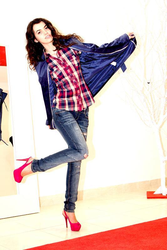 Female model photo shoot of Evelina B in Bucharest