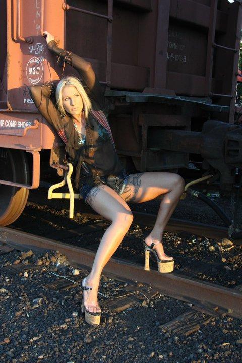 Female model photo shoot of Amber Raee
