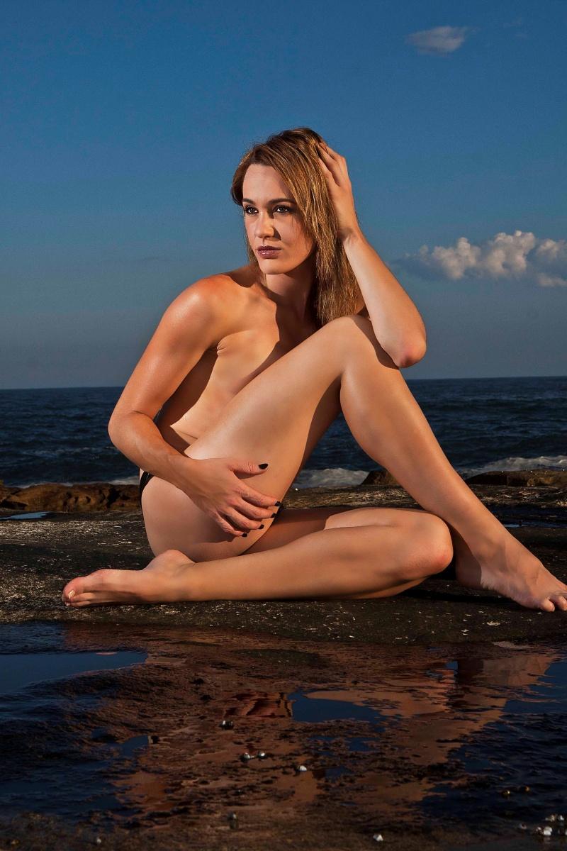 Female model photo shoot of Chanteik