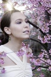 http://photos.modelmayhem.com/photos/110414/02/4da6c174bf730_m.jpg