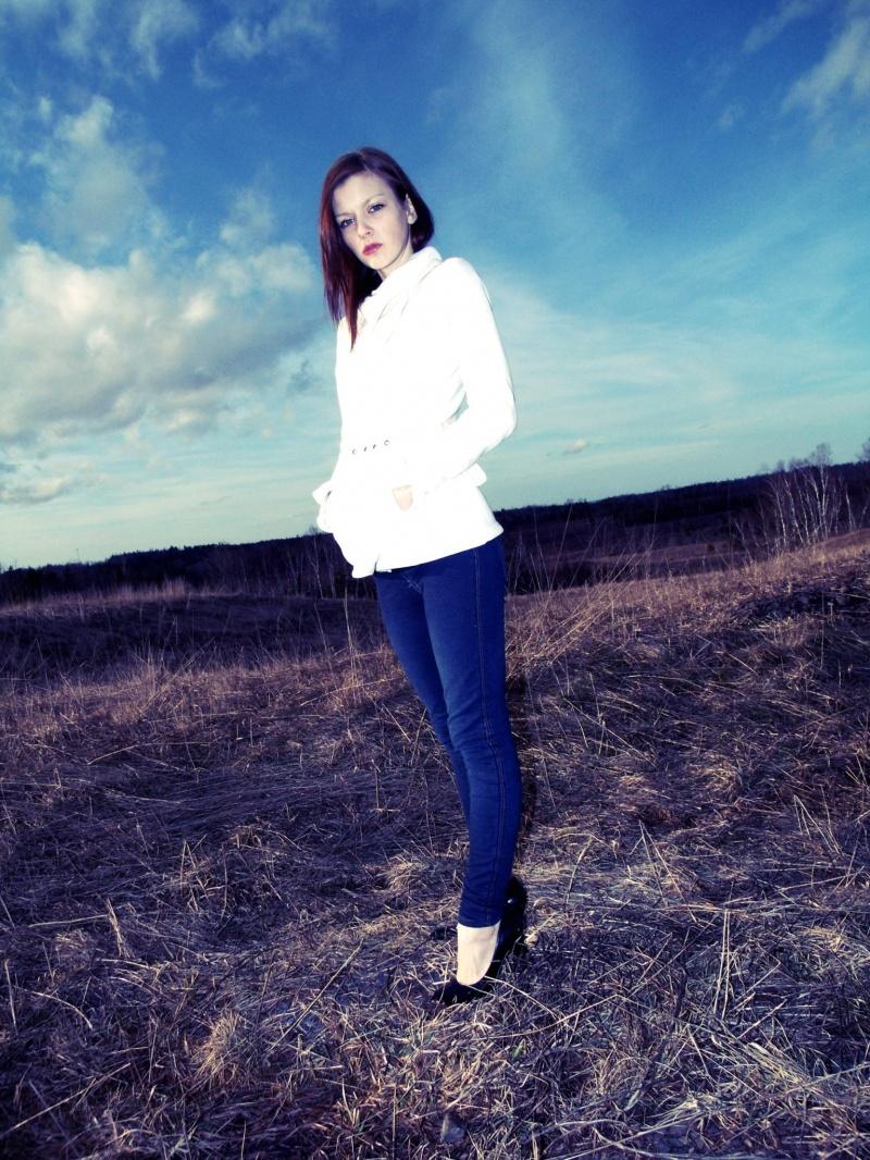 Female model photo shoot of felicia leeanne