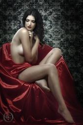 http://photos.modelmayhem.com/photos/110418/14/4dacac379b11e_m.jpg