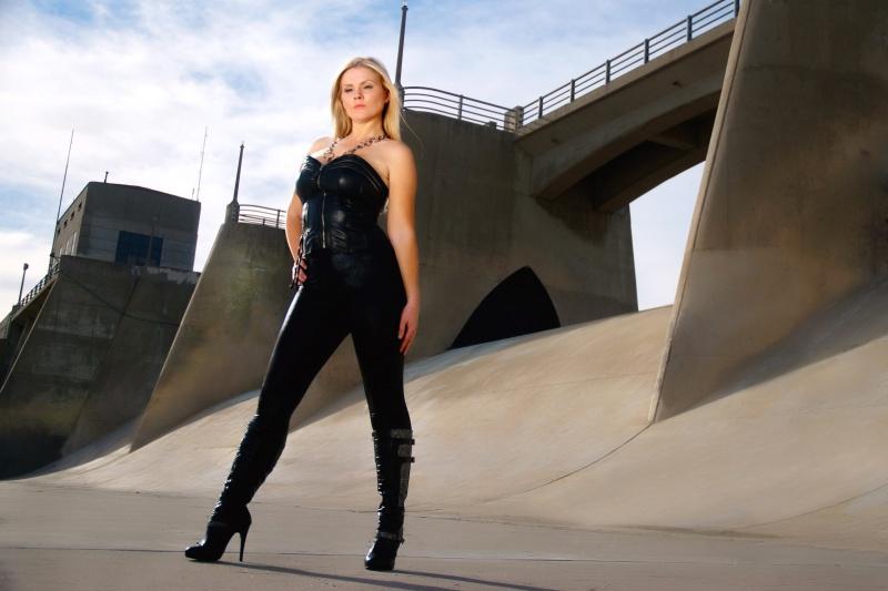 Female model photo shoot of Aspen Dargert