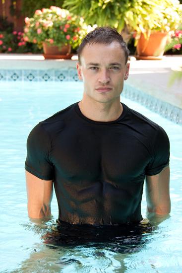 Male model photo shoot of Michael Hargis
