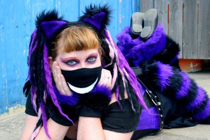 Apr 19, 2011 Gothic Chesshire Cat