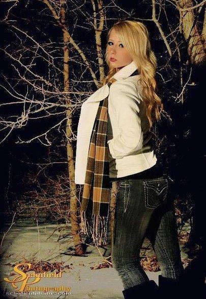 Female model photo shoot of Blankk