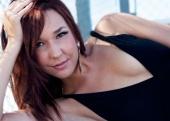 http://photos.modelmayhem.com/photos/110425/02/4db538db90d7c_m.jpg