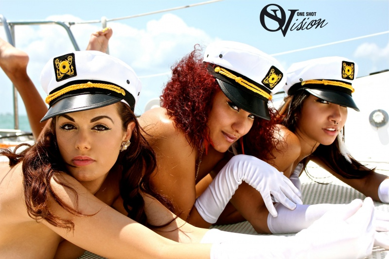 Key Biscayne, FL Apr 25, 2011 ONESHOTVISION Sailorettes