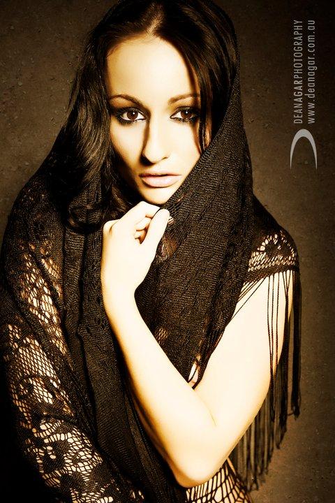 Female model photo shoot of Ashlee Starr