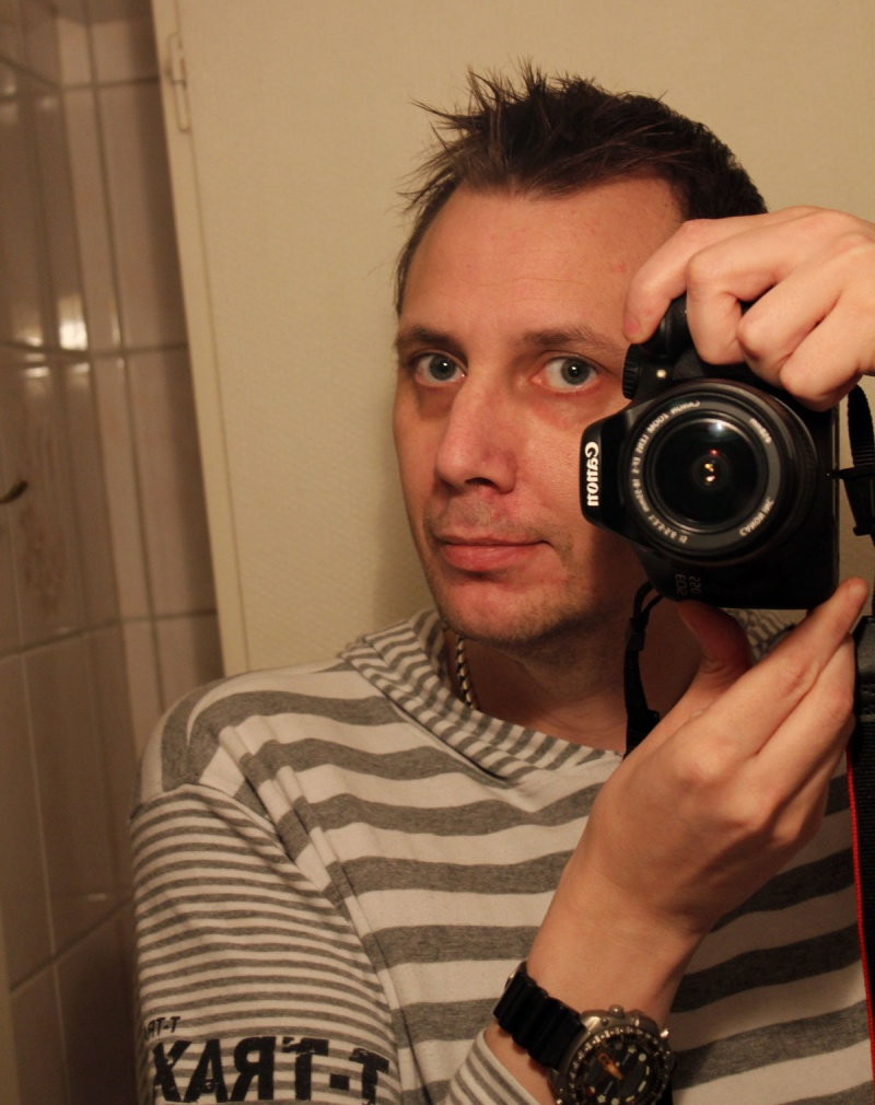 Male model photo shoot of jonask